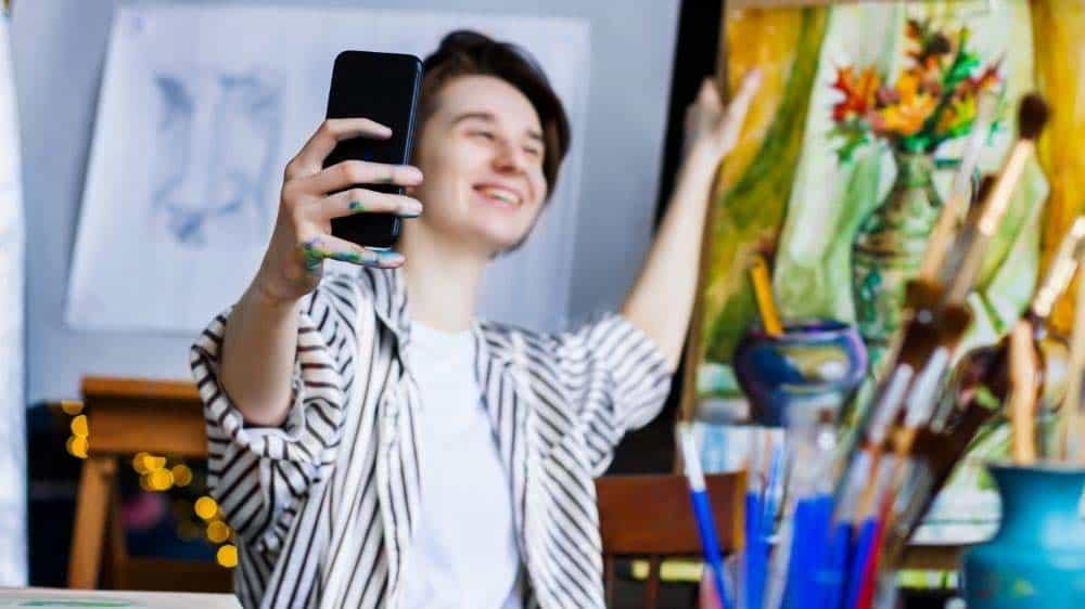 Best places to sell art online.
